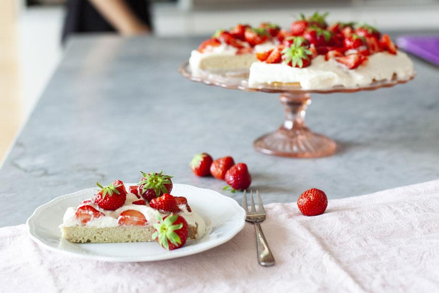 Veggie Rezept Glutenfreier Biskuit Aus Kokosmehl Mit Erdbeer