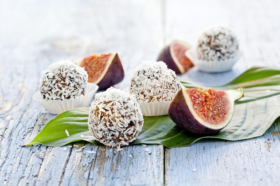 veggie rezept fruchtkugeln feige jedes essen z hlt. Black Bedroom Furniture Sets. Home Design Ideas