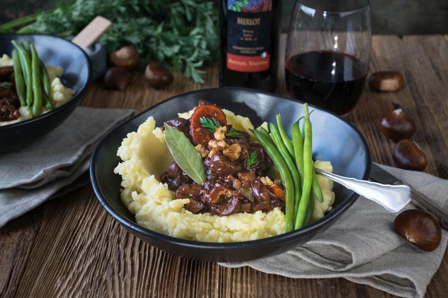 veggie rezept kastanien bourgignon mit kartoffelp ree und prinzessbohnen jedes essen z hlt. Black Bedroom Furniture Sets. Home Design Ideas