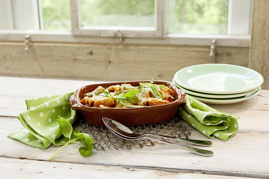 veggie rezept rigatoni auflauf mit artischocken und paprika jedes essen z hlt. Black Bedroom Furniture Sets. Home Design Ideas