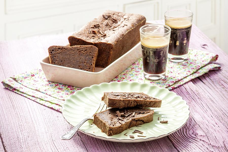 veggie rezept schokoladen nuss kuchen mit einem hauch chili jedes essen z hlt. Black Bedroom Furniture Sets. Home Design Ideas